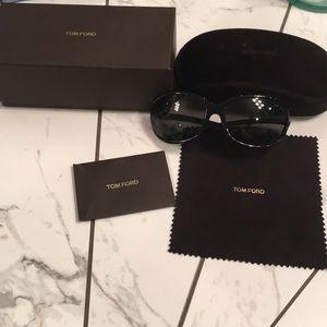 Tom Ford Jennifer Sunglasses - Black